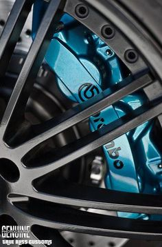 Brembo Brake System - I want red ones!