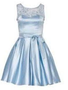 Review powder blue Audrina dress