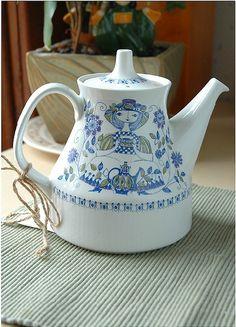 Figgjo Flint Turi Design Lotte teapot ~ Norway