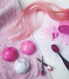 Run COLOR.BUG on top of your favorite KM products for fun, wash-away color!