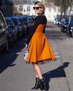 Dancing With Shadows •  Photo by #Dvora #Fashionistable •  www.dvora.photography  #HelenaBordon @helenabordon #PFW #FashionWeek #StreetStyle #Fashion #Mode #Moda #Style #StreetChic #StreetFashion #MBFW #NoFilter