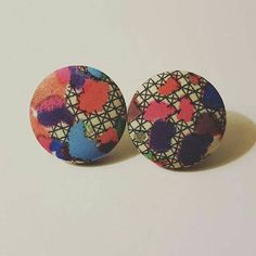 Check out this item in my Etsy shop https://www.etsy.com/listing/268106881/multicolored-dotted-patterned-button