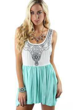White & Mint Colorblock Romper $34.99 #sophieandtrey #romper #colorblock #embroidered #mint