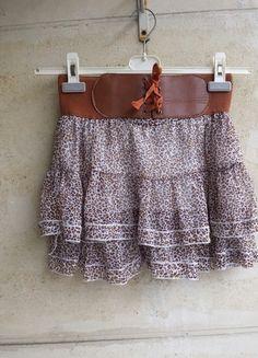À vendre sur #vintedfrance ! http://www.vinted.fr/mode-femmes/jupes-plissees/7986664-jupe-a-volants-motifs-leopard