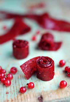 Red Currant Recipe, Currant Recipes, Raw Dessert Recipes, Desert Recipes, Raw Food Recipes, Healthy Treats, Yummy Treats, Sweet Treats, Yummy Food