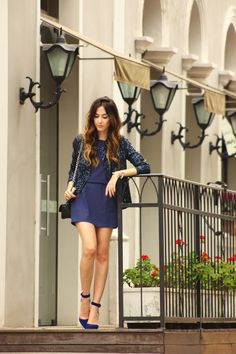 FashionCoolture - 12.11.2015 look du jour Pandora jewelry navy blue sequined jacket (1)