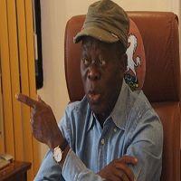 Salaries: FG's condition worse than states', says Oshiomhole - http://www.naijacenter.com/politics/salaries-fgs-condition-worse-than-states-says-oshiomhole/