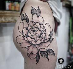 @chicotattooist @inkatattoolyon chez INK'A TATTOO LYON  #finelinetattoo #linetattoo #flowertattoo #floraltattoo #peonytattoo #pivoine #pivoinetattoo #butttattoo #inkatattoolyon Inka Tattoo, Peonies Tattoo, Fine Line Tattoos, Lyon, Line Work Tattoo, Tattoo Floral, Peony