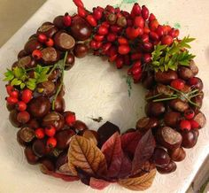 DIY Ideas for Fall Decorating, Chestnuts Home Decorations and Gifts - Fall Decor Ideas - Handmade Christmas Decorations, Heart Decorations, Thanksgiving Decorations, Autumn Wreaths, Christmas Wreaths, Christmas Sweaters, Fall Table Centerpieces, Floral Hoops, Autumn Crafts