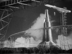 """Dieselpunk: 2036 rocket launch pad, from the HG Wells movie """"Things to Come"""" Classic Sci Fi, Classic Films, New Movies, Good Movies, Retro Rocket, Sci Fi Spaceships, Sci Fi Films, Spaceship Design, Alternate History"""