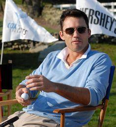 Jeffrey Donovan doing what he loves...golf.