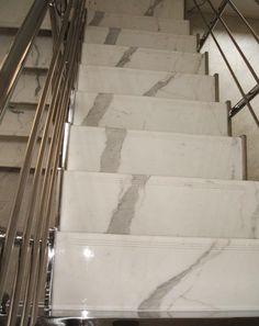 #Marmor hat einzigartige und verschiedene Muster, so dass keiner der Stufen die gleiche ist, was bedeutet, dass Ihre #Treppen mehr einzigartiger sein werden.  http://www.granit-natursteinhandel.de/marmortreppen-optimale-marmortreppen