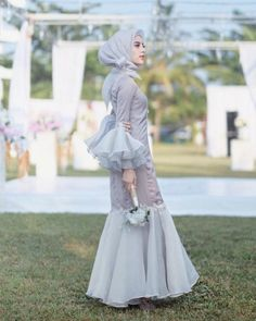New Party Dress Night Haute Couture 67 Ideas Hijab Dress Party, New Party Dress, Party Dress Outfits, Party Skirt, Dress Brokat, Kebaya Dress, Hijab Style, Hijab Chic, Skirt Fashion