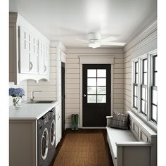 15 Mudroom Ideas We're Obsessed With. Combine It With Your Laundry Room - 15 Mudroom Ideas We're Obsessed With - Southernliving. For smaller homes, an organized laundry room/mudroom combo is ideal. Who knew mud could inspire style? Mudroom Laundry Room, Farmhouse Laundry Room, Laundry Room Organization, Laundry Room Design, Farmhouse Trim, Farmhouse Style, Farmhouse Ideas, Bathroom Laundry, Modern Farmhouse