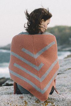 Ravelry: Joni shawl pattern by Bristol Ivy Intarsia Patterns, Shawl Patterns, Knitting Patterns, Knitting Ideas, Knitting Projects, Knitted Poncho, Knitted Shawls, Sewing Binding, Sport Weight Yarn