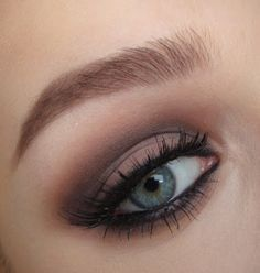 love thing...: Rihanna Diamonds Inspired Smokey Eye Tutorial