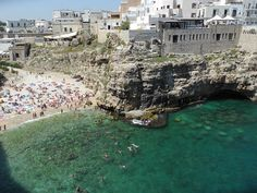 Polignano a Mare by just_jeanette, via Flickr  http://www.flickr.com/groups/pugliaevents/