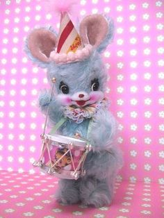 Drumming party bunny