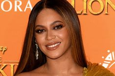Beyoncé Has 80000 Bees At Her Home Completely Unrelated To The Beyhive