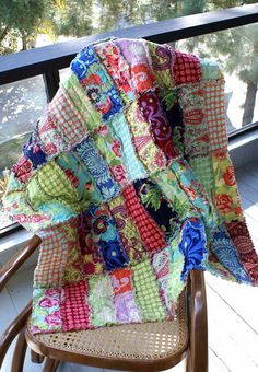 For this rag quilt, I will use the Love print fabrics from Amy Butlers collection. The quilt will measure approximately 36 X 45 and there will be a