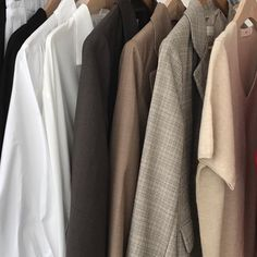 brown aesthetic coffee light korean soft minimalistic kawaii cute g e o r g i a n a : a e s t h e t i c s Beige Outfit, Camille Desmoulins, Nate River, Bts Love, L Lawliet, Choi Hansol, Beige Aesthetic, Aesthetic Coffee, Peggy Carter