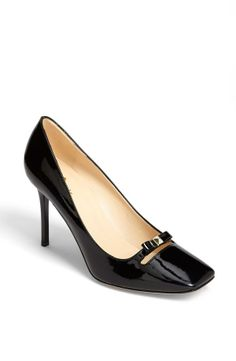 Black Bow Heel.