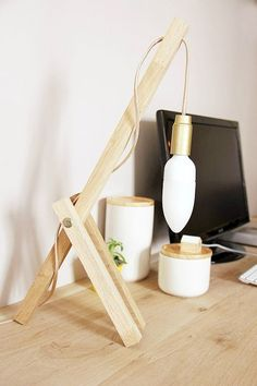 DIY: create a wooden lamp for the office