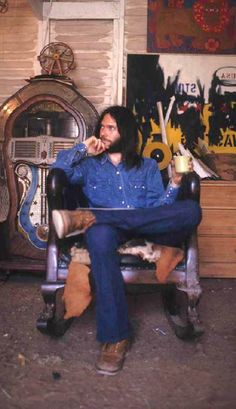 Neil Young, 1971, by Henry Diltz