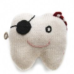 fournier  tooth pillow (pirate)