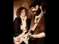 Otis Taylor & Cassie Taylor - Few Feet Away (Live) - YouTube