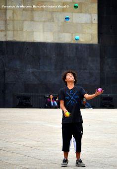 Malabarista. / Juggler.