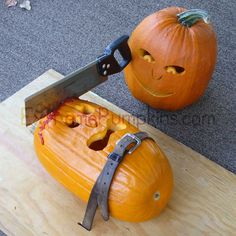 The Strapped To A Board Pumpkin - Halloween Parties - Real Time - Diet, Exercise, Fitness, Finance You for Healthy articles ideas Halloween Jack, Creepy Halloween, Holidays Halloween, Halloween Pumpkins, Happy Halloween, Haunted Halloween, Halloween Witches, Scary Pumpkin Carving, Pumpkin Art