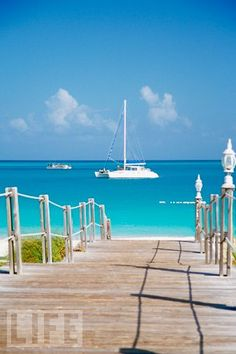 Turks & Caicos Islands  Located just south of the Bahamas, these islands   have unspoiled natural beauty and an average of 350 days of sun each year.