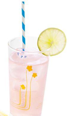 Limonada de cereza. Haz clic para ver la receta. http://serpadres.com/cocina/cocina-recetas/limonada-de-cereza/#