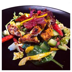 Chicken Firework salad (mild spices but a vibrant show of colours) ❤️