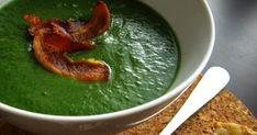 Fakt NAJLEPŠIA! :)   Ako som už veľakrát písala, milujeme špenát, ale táto polievka z marcového Apetitu... tá ma proste dostala!!!   Svieti...