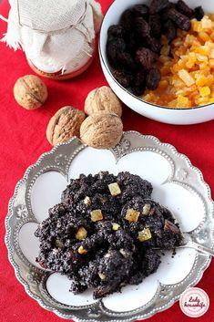 Domowa masa makowa w 20 minut - Lady housewife Polish Recipes, Polish Food, Food Cakes, Housewife, I Love Food, Preserves, Acai Bowl, Cake Recipes, Food And Drink