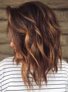 Best Brown Cinnamon Hair Color Shades for Women 2019 - Fall Hair Colors Medium Hair Styles, Curly Hair Styles, Cinnamon Hair Colors, Perfect Hair Color, Hair Color For Women, Latest Hair Color, Hair Color Shades, Fall Hair Colors, Hair Color Balayage