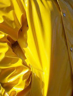 Yellow raincoats make me think of the Morton's Salt girl.. Want.