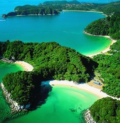 Nelson - Abel Tasman National Park... probably New Zealand's most popular National Park with lots of sunshine, forest and safe beaches