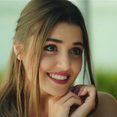 Know More About Hande Ercel (Hayat):- Bio, Family, Relationship & More Facts. Beauty Full Girl, Beauty Women, Girl Pictures, Girl Photos, Hande Ercel, Turkish Beauty, Stylish Girl Pic, Cute Girl Photo, Girl Photography Poses