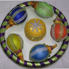 Stone with Thread work Colorful Coconut Decoration Thali Decoration Ideas, Fruit Decorations, Kalash Decoration, Basket Decoration, Indian Wedding Favors, Indian Wedding Decorations, Coconut Decoration, Trousseau Packing, Flower Rangoli