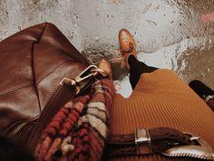 🎃Photos are not mine unless stated🎃 👻Cozy Vibes👻 🍂Autumn is back🍂 Autumn Cozy, Autumn Trees, Autumn Leaves, Autumn Feeling, Autumn Rain, Autumn Winter Fashion, Fall Winter, Fall Fashion, Fall Days