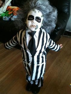 Beetlejuice... OMG I am in Love. I want Lolo to do this!