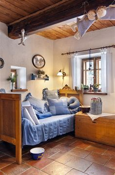 Cabin Homes, Cottage Homes, Log Homes, Rustic Cottage, Home Bedroom, Ideal Home, Home Interior Design, Sweet Home, House