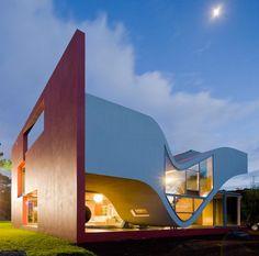 Modern Home On The Island of São Miguel by Portugal Architect Bernardo Rodrigues