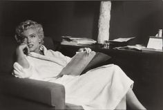 "Marilyn on the set of ""The Seven Year Itch"". Photo by Garry Winogrand, 1954."