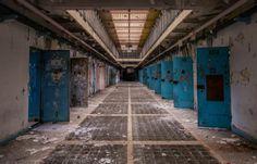 Romain Veillon - Une prison abandonnée