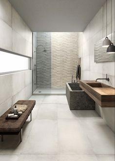 Puristisches Badezimmer, hell verfliest!