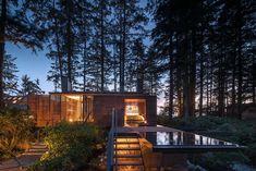 Ocean House, Beach House, Luz Solar, Glass Floor, Forest Floor, Global Design, Modern Design, Fireplace Wall, Minimalist Living